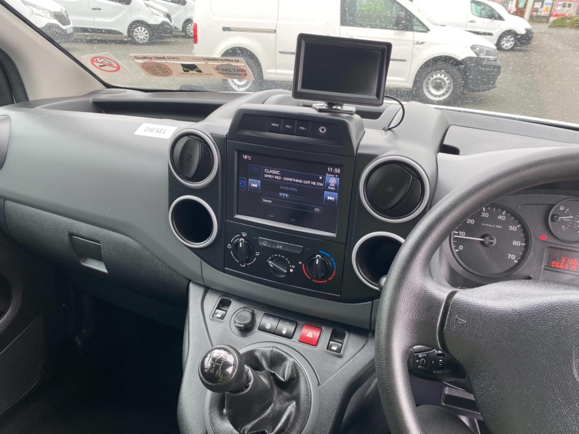 2017 Peugeot Partner BLUE HDI PROFESSIONAL L1 (172D23125) Image 11