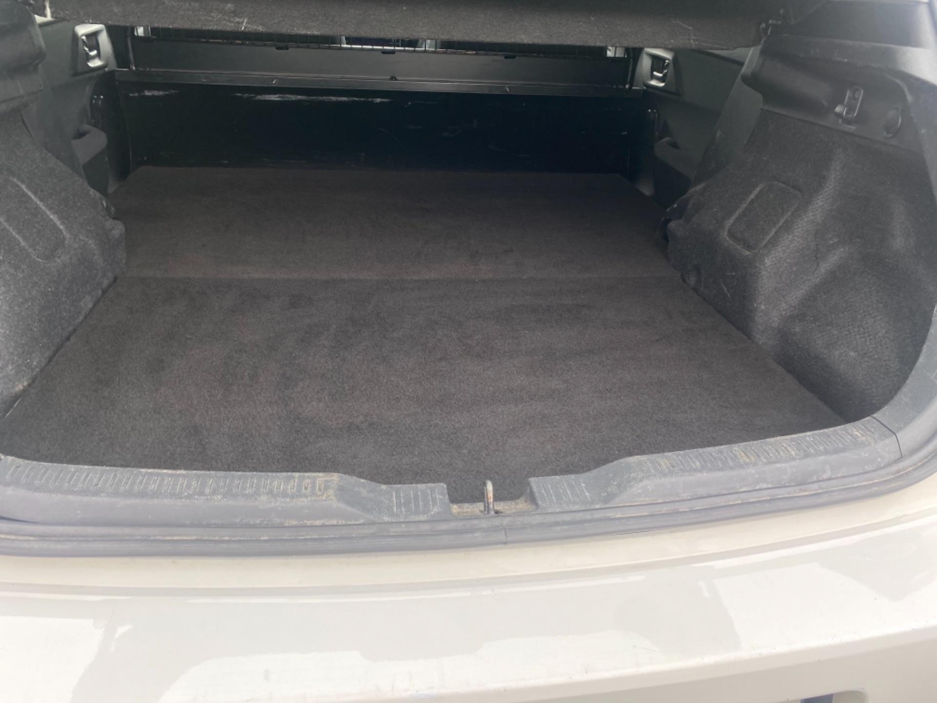 2018 Toyota Auris VAN 1.4 D4D Terra 4DR (181D12187) Image 9
