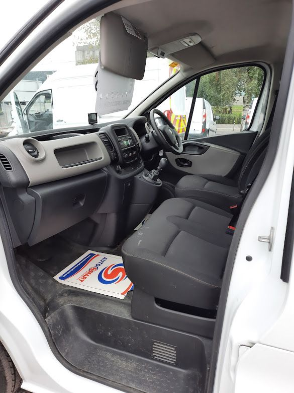 2018 Renault Trafic LL29 DCI 120 Business 3DR (181D13704) Image 16