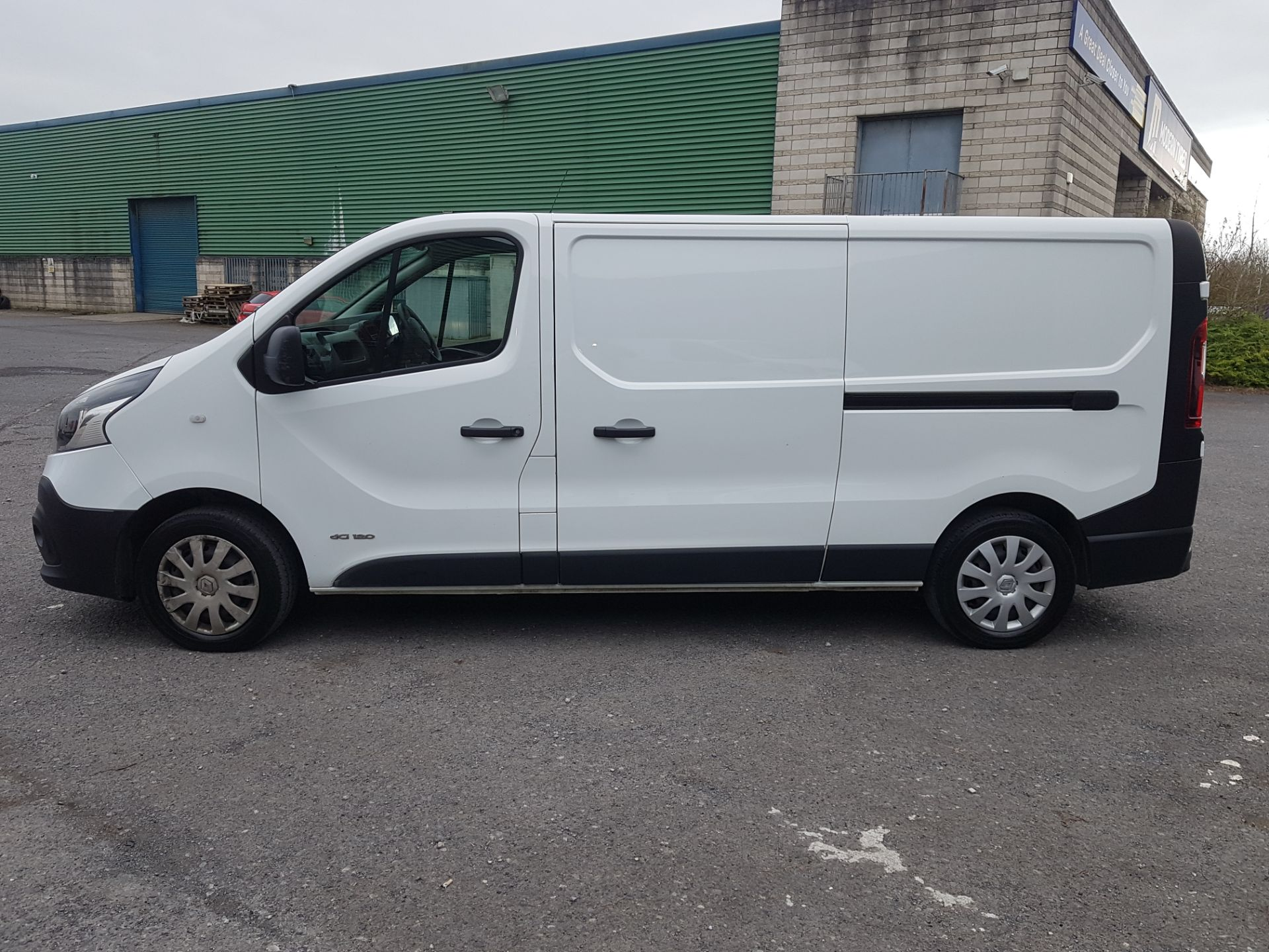 2018 Renault Trafic LL29 DCI 120 Business 3DR (181D11473) Image 2