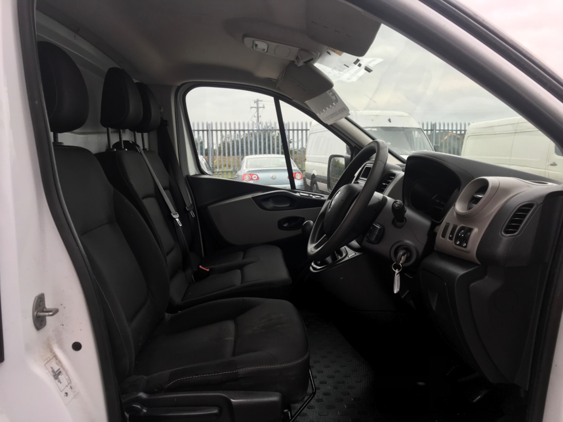 2018 Renault Trafic LL29 DCI 120 Business 3DR (181D11565) Image 13