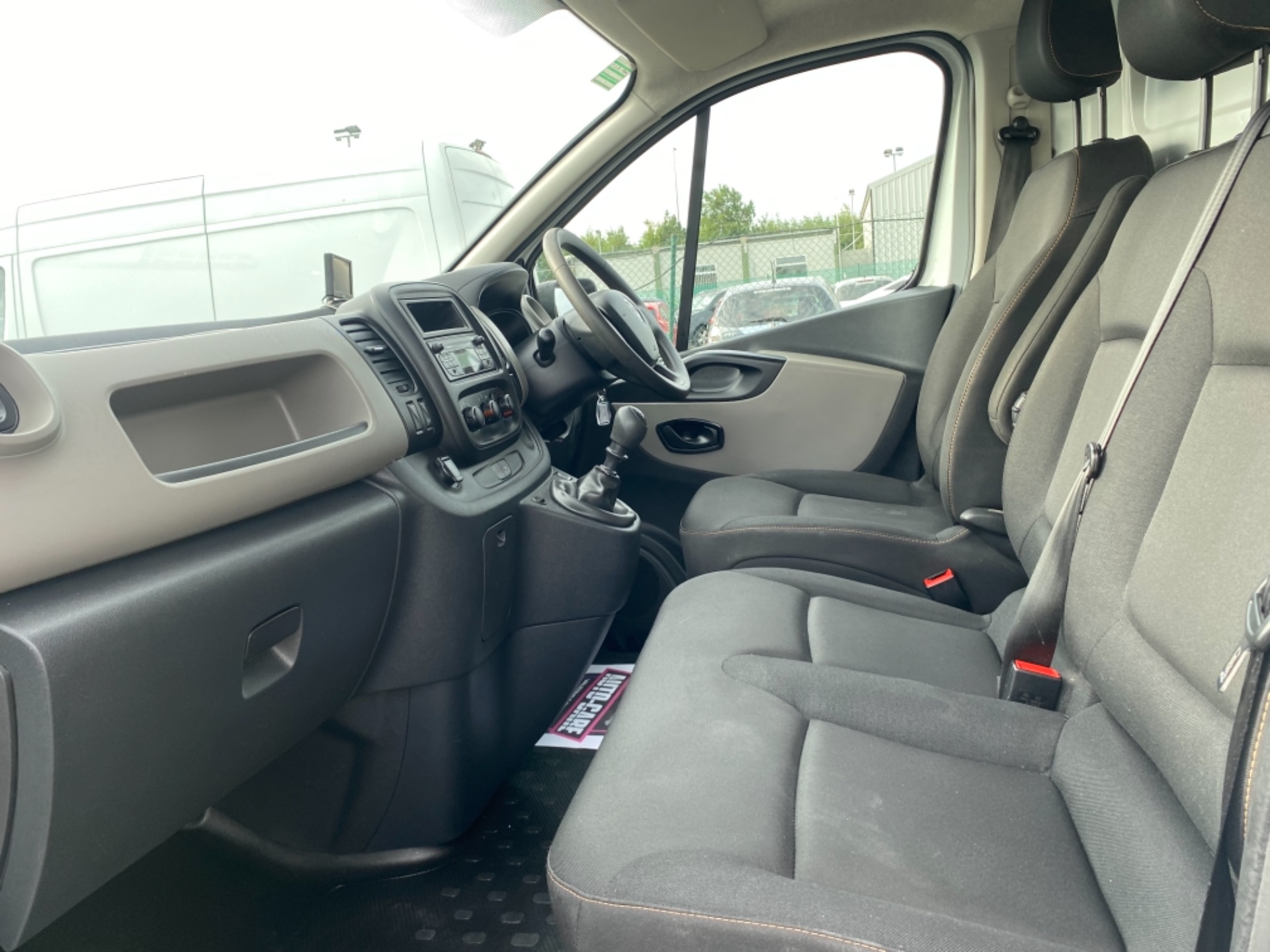 2018 Renault Trafic LL29 DCI 120 Business 3DR (181D13732) Image 12