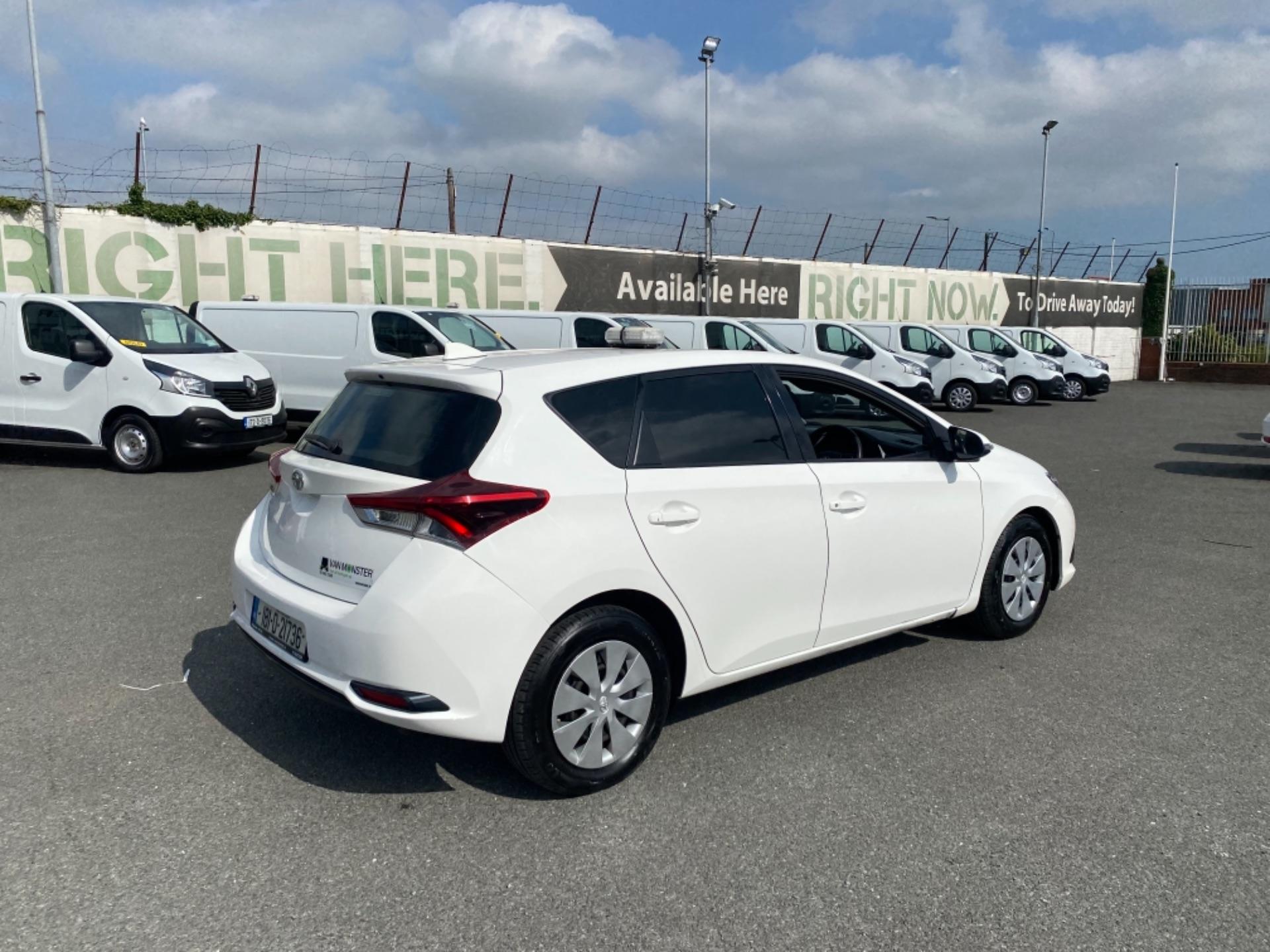 2018 Toyota Auris VAN 1.4 D4D Terra 4DR (181D21736) Image 8