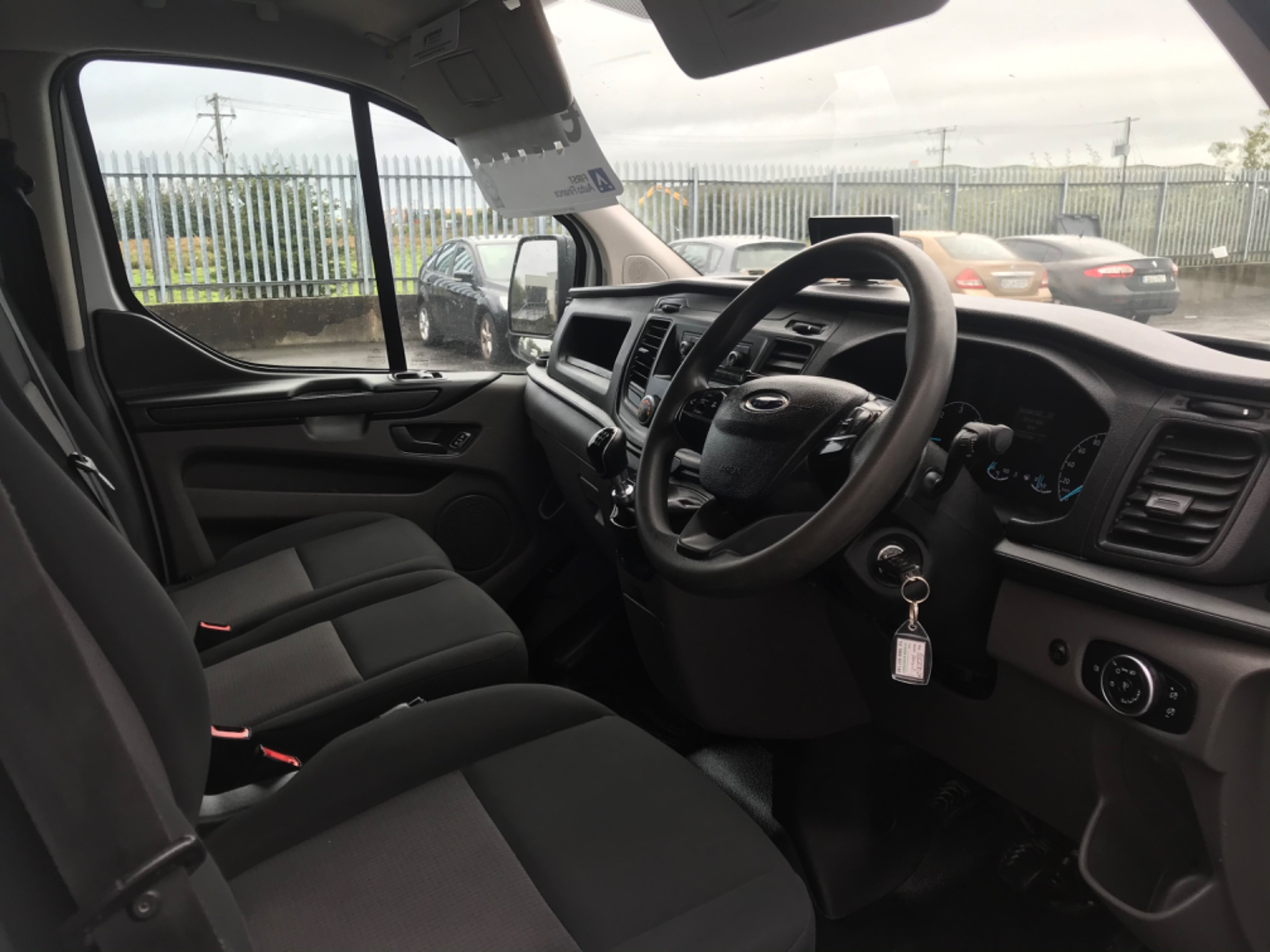 2018 Ford Transit Custom Custom 300 Lbase 2.0 105PS 3DR (181D27029) Image 13