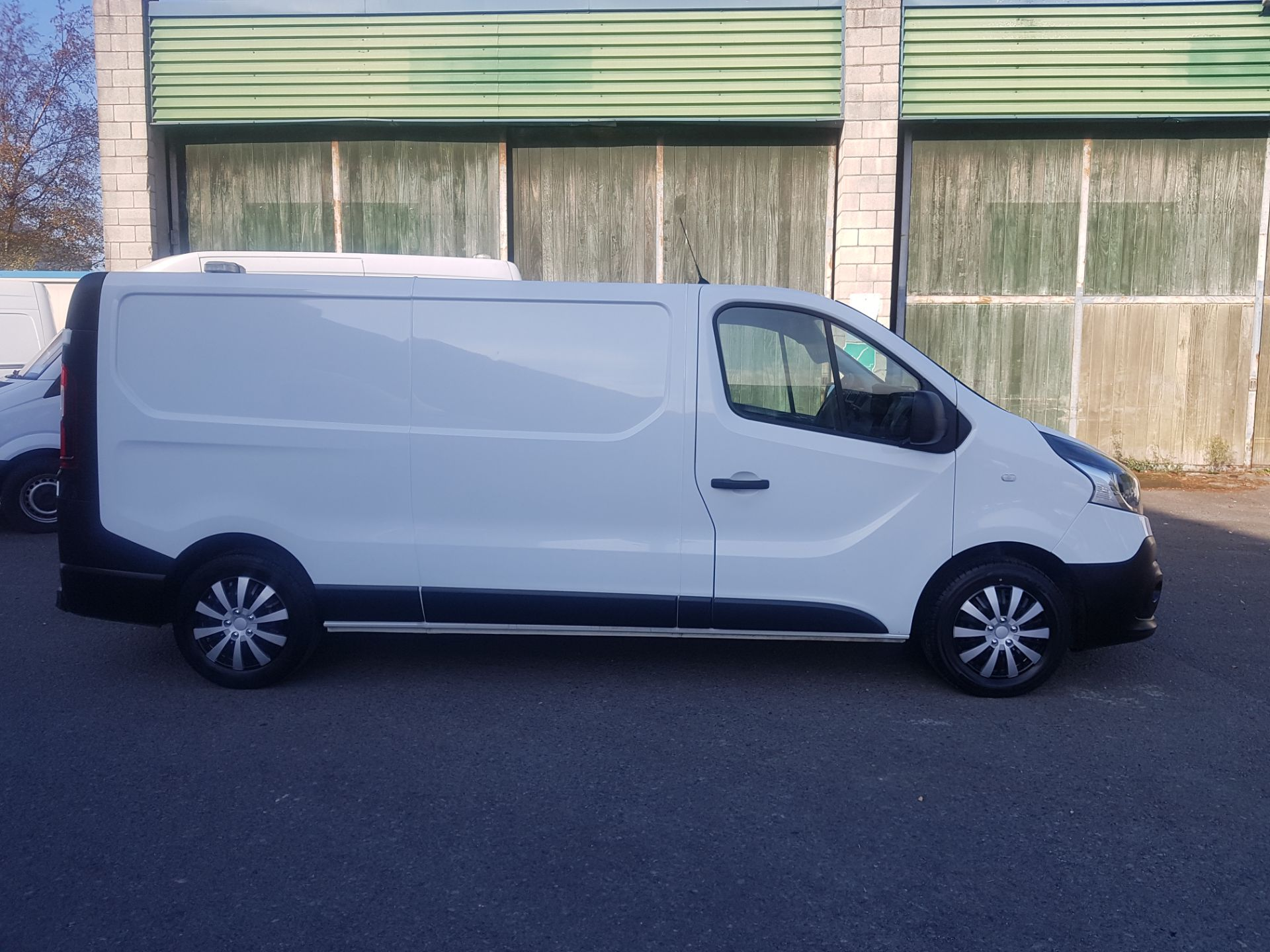 2018 Renault Trafic LL29 DCI 120 Business 3DR (181D39460) Image 2