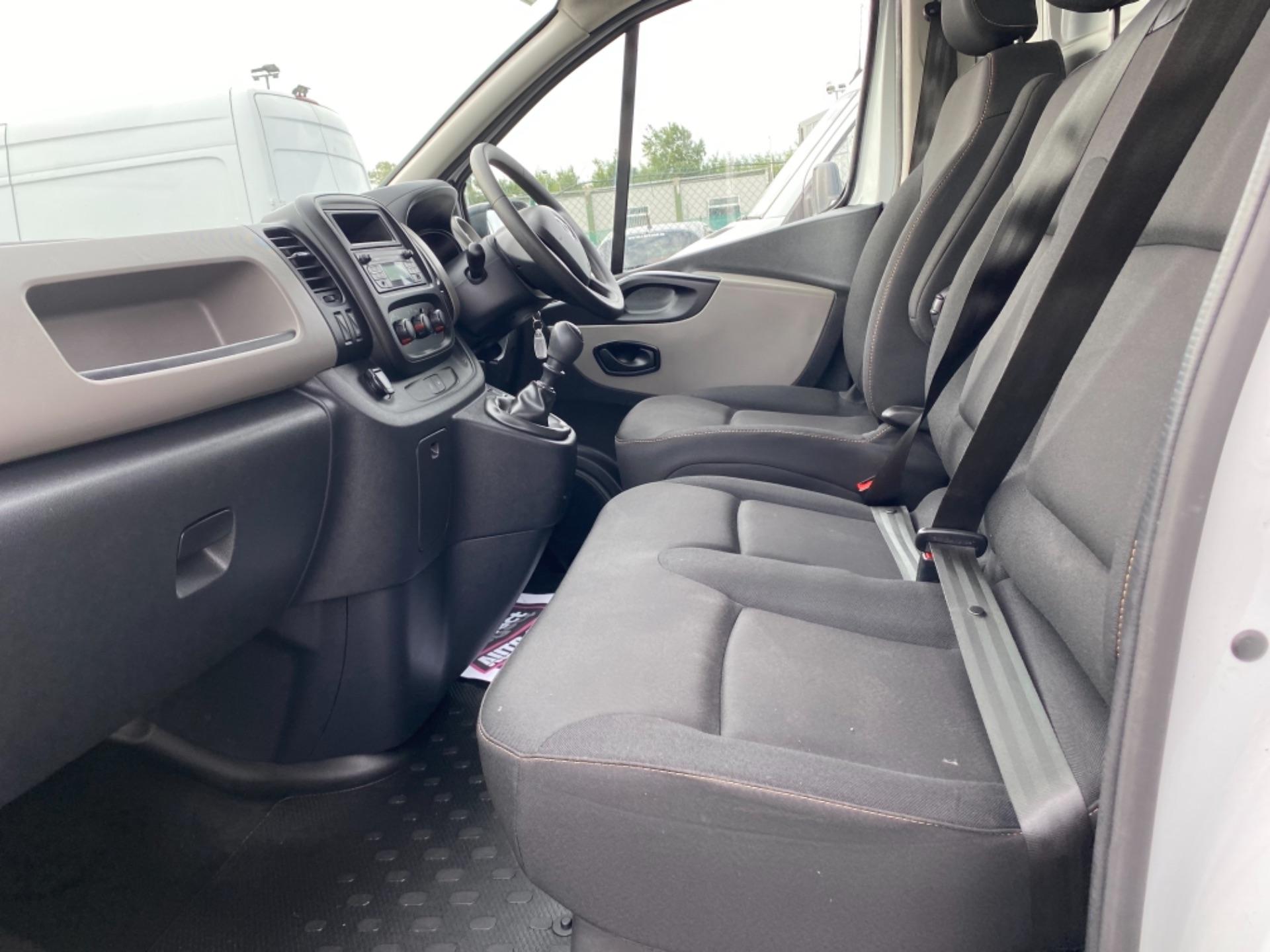 2018 Renault Trafic LL29 DCI 120 Business Panel VA (182D19502) Image 11