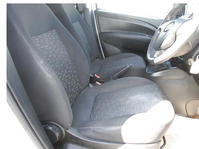 2015 Vauxhall Combo 2000 L1H1 Cdti 5DR (151D40042) Image 8