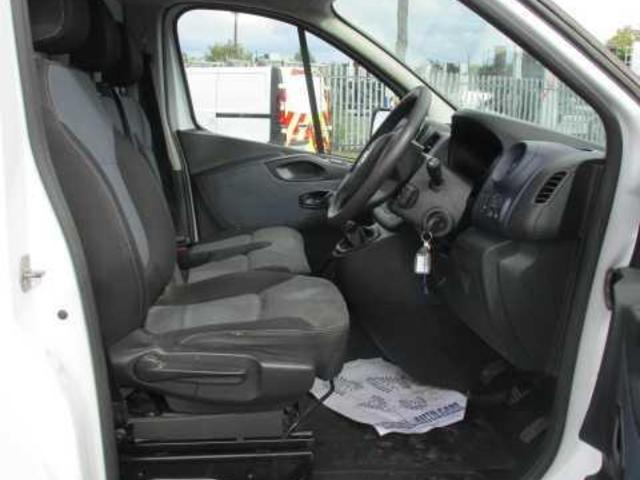 2015 Vauxhall Vivaro 2900 Cdti 5DR (151D21175) Image 7