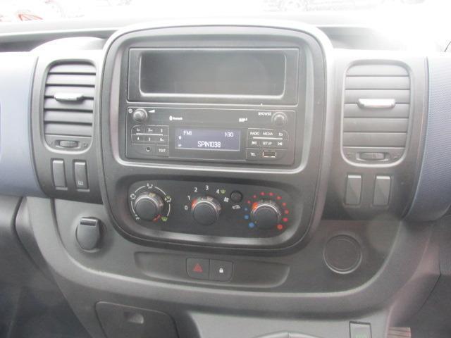 2015 Vauxhall Vivaro 2900 Cdti 5DR (151D19506) Image 9
