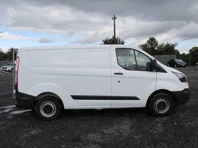 2015 Ford Transit Custom 290 Custom Eco-tech 5DR (151D35061) Image 2