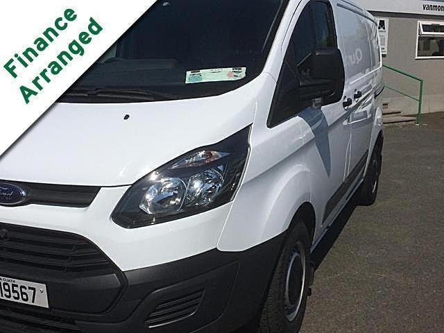 2015 Ford Transit Custom 290 Custom Eco-tech 5DR.   - SALE  - MARCH  SPECIAL - (151D19567) Image 2
