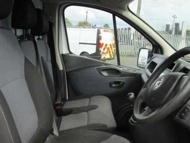 2015 Vauxhall Vivaro 2900 Cdti 5DR (151D21175) Image 8