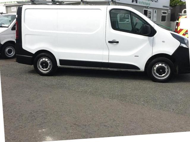 2014 Vauxhall Vivaro 2900 Cdti 5DR (142D19365) Image 2