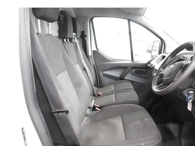 2015 Ford Transit Custom 290 Custom Eco-tech 5DR (151D19575) Image 8
