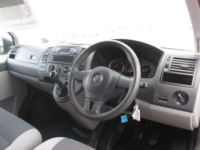 2015 Volkswagen Transporter T28 TDI P/V STARTLINE (GF65LWK) Image 10