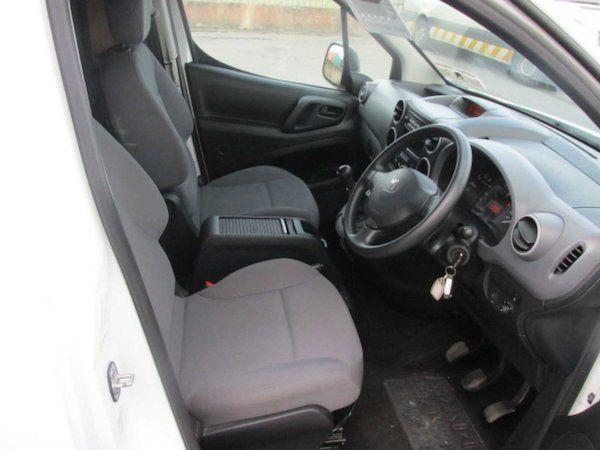 2016 Peugeot Partner HDI S L1 850 (NV65XYB) Image 13