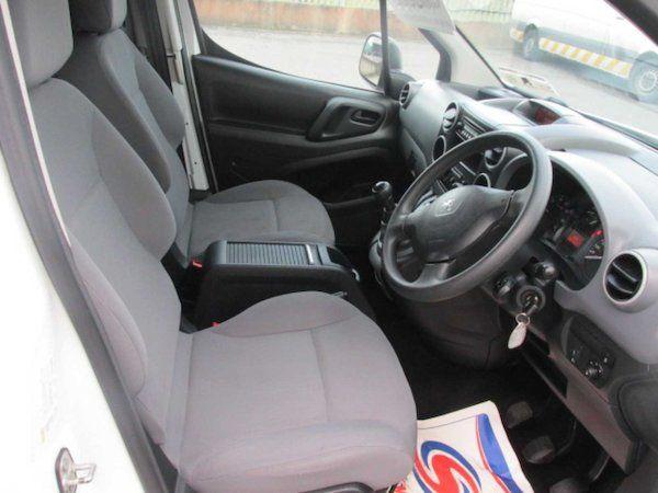2015 Peugeot Partner HDI S L1 850 (NX15XXZ) Image 13