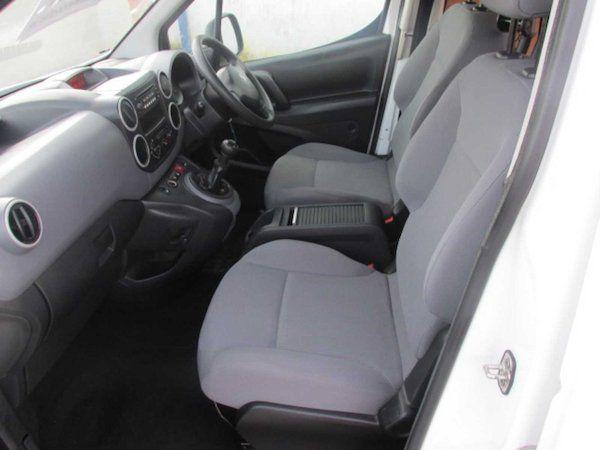 2015 Peugeot Partner HDI S L1 850 (NX65XBS) Image 12